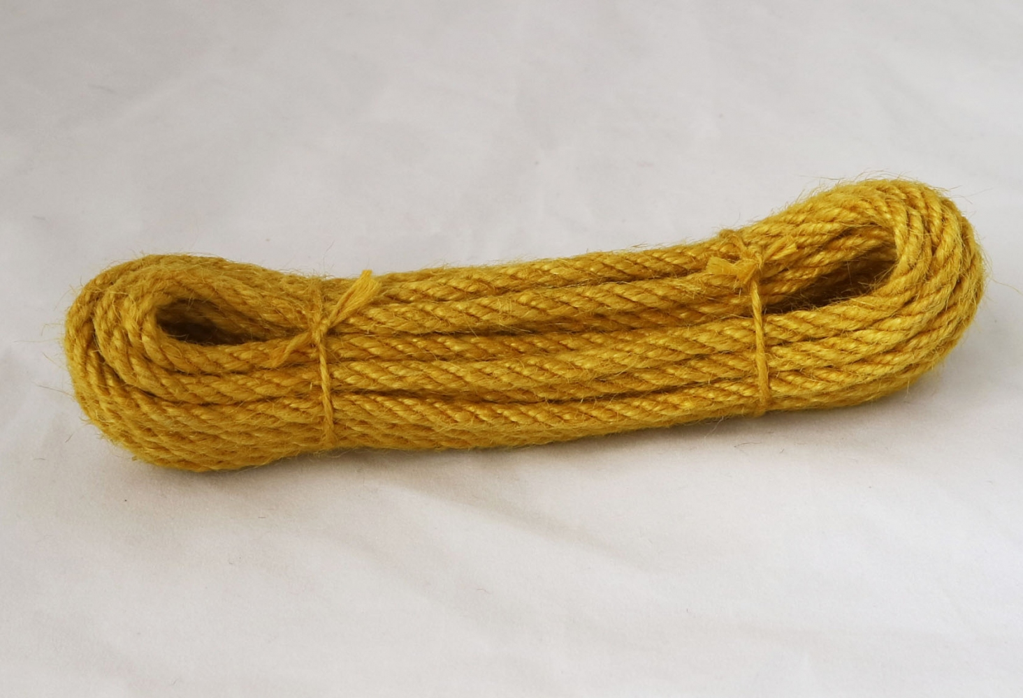 Канат джутовий жовтий, діаметр 6мм, моток 5 метрів - 1
